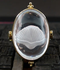 Paula Crevoshay Quartz Reverse Intaglio and Aquamarine Shell Motif Ring in 18K Yellow Gold