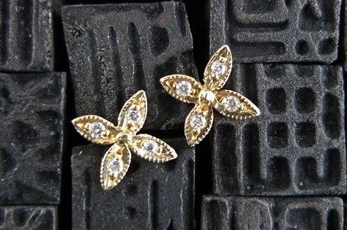 Kamofie 14K Yellow Gold and Diamond Flower Stud Earrings