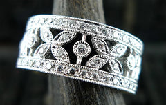 Beverly K 18K White Gold and Diamond Band Ring