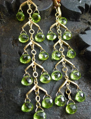 Talisman Unlimited Fishbone Hammered Pear Peridot Earrings in 14K Yellow Gold
