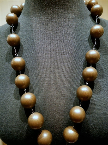 Kimme Winter Wooden Rosary Style Necklace