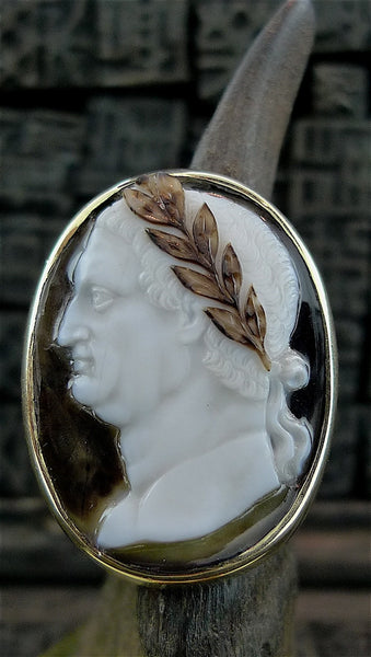 Estate 14K Yellow Gold and Shell Cameo Ring of Emperor with Laurel Wreath Coronet