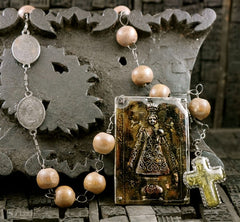 Kimmie Winter Wooden Rosary Necklace