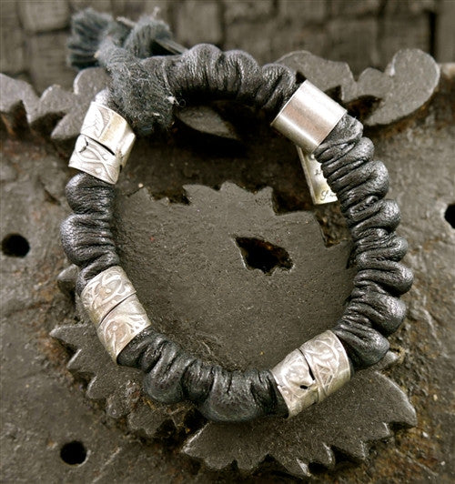 Goti Twisted Black and Silver Bracelet