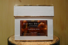 "Dayna Decker Candle - ""Tuberose Musc"""