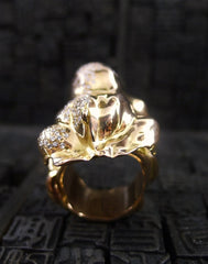 Lucifer Vir Honestus Diamond Frog Ring in 18K Yellow Gold