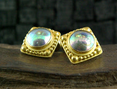 Carolyn Tyler 22K Yellow Gold and Grey Mabe Pearl Cufflinks