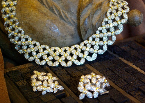 Fine Italian Estate Diamond Jewelry Suite with Necklace, Earrings and Ring in 18K Gold