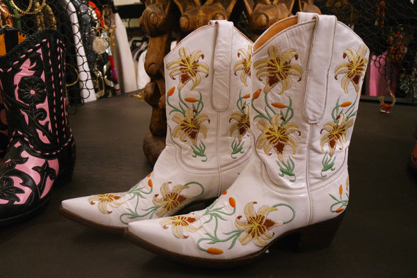 "Old Gringo Boots ""Lilium"" in White"