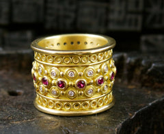 Annie Fensterstock 18K Yellow Gold Burmese Ruby Crown Ring