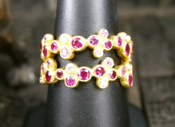 Annie Fensterstock 18K Yellow Gold  Ruby Pink Sapphire and Diamond Vega Ring
