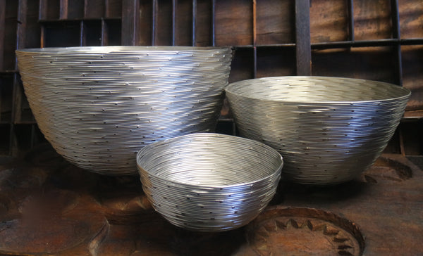 Tozai Set of Three Silver Nesting Bowls