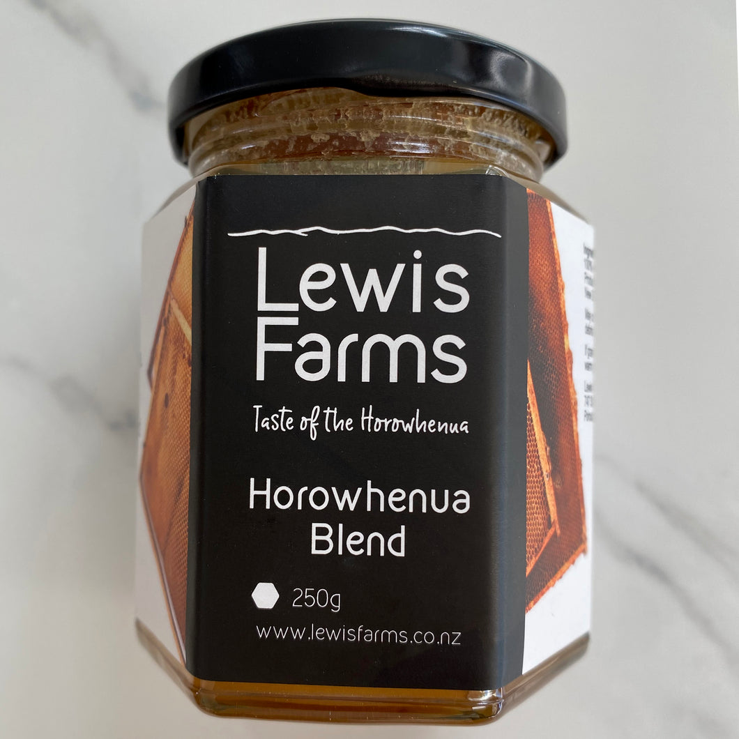 Lewis Farms Horowhenua Blend honey is harvested from the hills and pastures of the land we farm in the beautiful Horowhenua. It has lovely sweet warm tones, with a creamy texture.