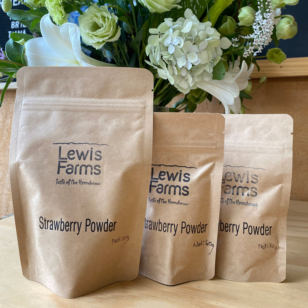 Lews Farms freeze-dried strawberry powder allows you to enjoy the sweet, sweet taste of our strawberries all-year-round! This sachet of goodness provides an intense flavour hit and a gorgeous pop of colour to all kitchen creations.
