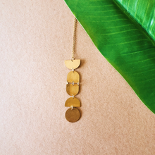 Load image into Gallery viewer, Geometric Shape Necklace