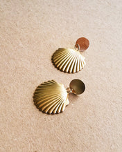 Load image into Gallery viewer, Brass Seashell Earrings