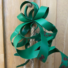 Load image into Gallery viewer, Christmas Metal 3 Bells With Metal Ribbon