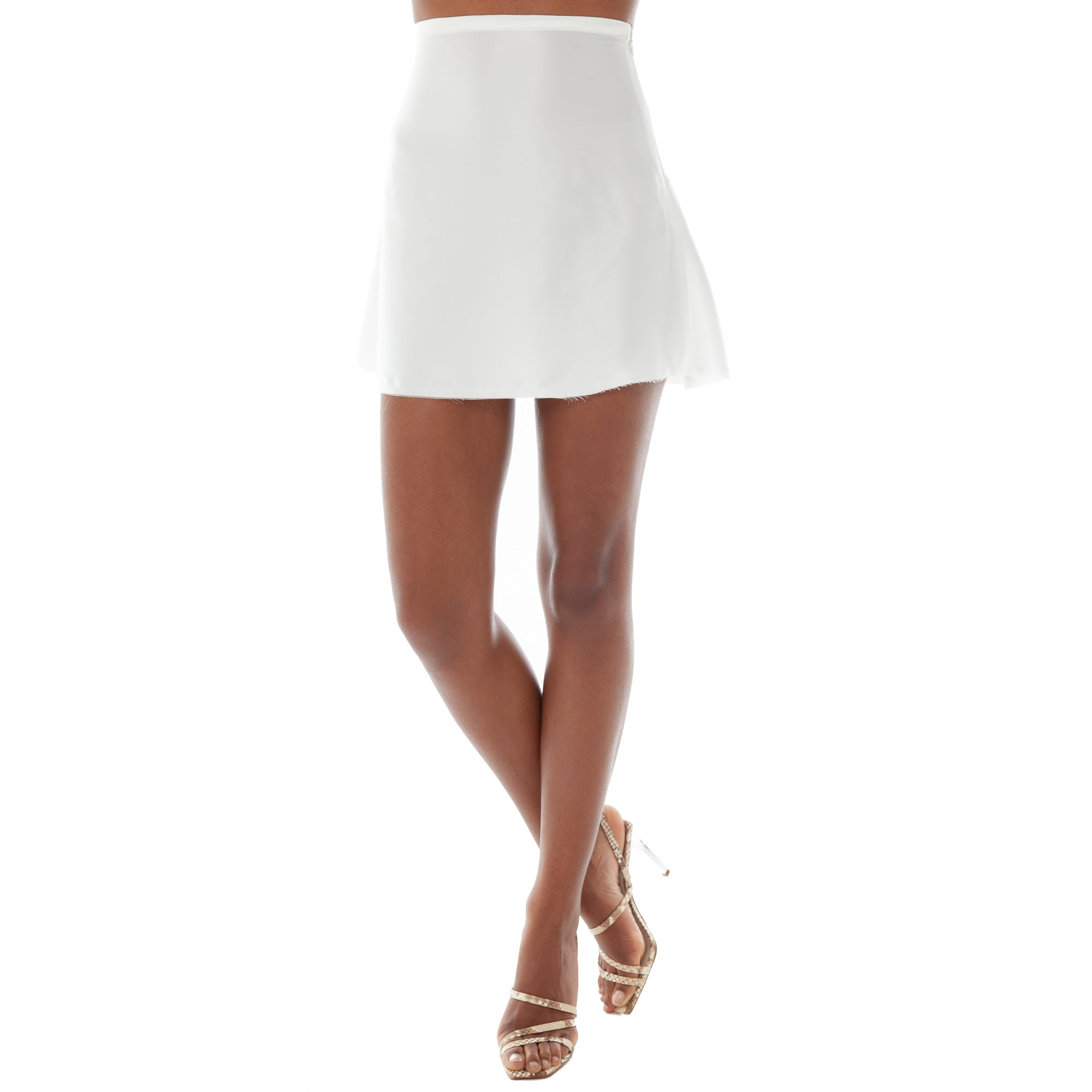 Are You Am I - Lakia Mini Skirt **white