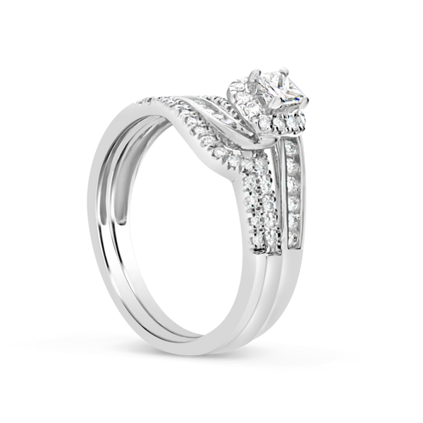 Diamond Halo Engagement Ring .67CT tw Princess w/ Round Cut 10K White Gold