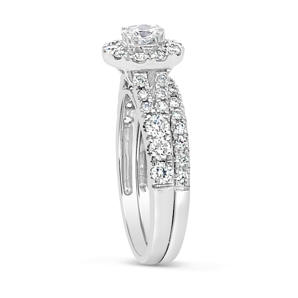 Diamond Oval Halo Engagement Ring 1.19CT tw Round Cut 14K White Gold