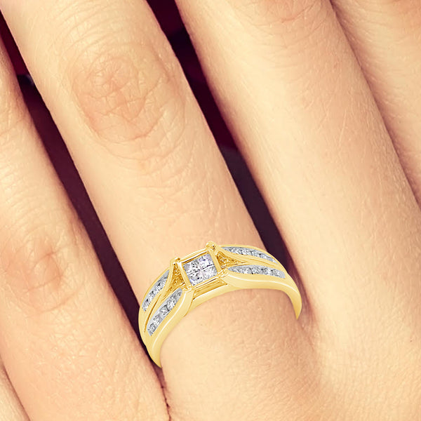 Diamond Engagement Ring .50CT tw Princess & Round Cut 10K Yellow Gold