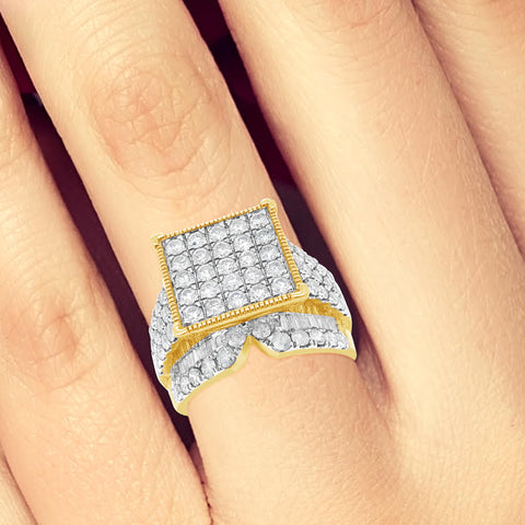 Diamond Ring 3CT tw Round Cut w/ Baguettes 10K Yellow Gold