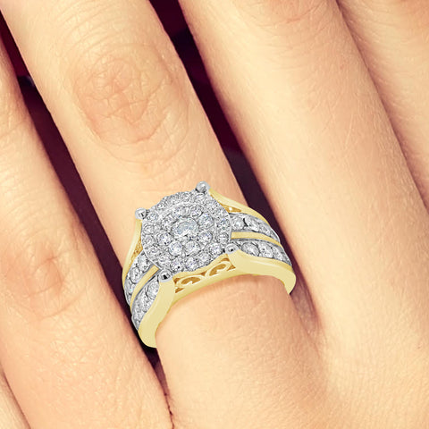 Diamond Halo Ring 2CT tw Round Cut 10K Yellow Gold