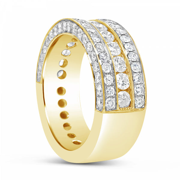 Diamond Ring 2.93 CT tw Round Cut 10K Yellow Gold