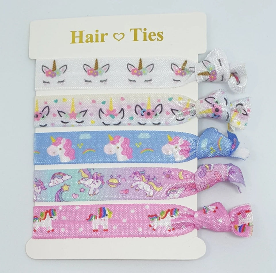 A unicorn party deserves the most magical party favors! These elastic hair ties are an extremely versatile party favor for girls & women of all ages.