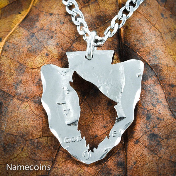 Buck Doe Couples Necklaces - Arrowhead Howling Wolf Necklace From Half Dollar