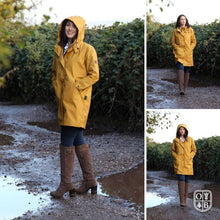 Afbeelding in Gallery-weergave laden, BRIGHTON PARKA STAYWAX dames jas in waxed katoen.