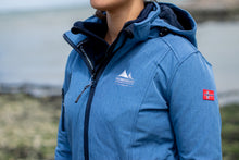 Afbeelding in Gallery-weergave laden, Gisella, is een lang model dames softshell jas van Nordberg