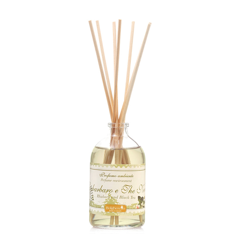 Rhubarb and Black Tea home fragrance