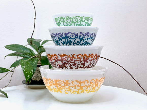 AGEE / CROWN PYREX 'Scroll' nesting bowl set (complete)