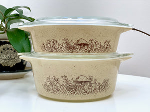 PYREX 'Forest Fancies' #471 and #472 round casseroles, with lids