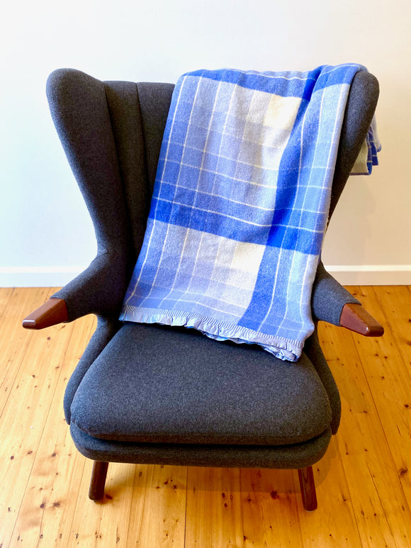 Vintage plaid Australian wool blanket - blue, ivory