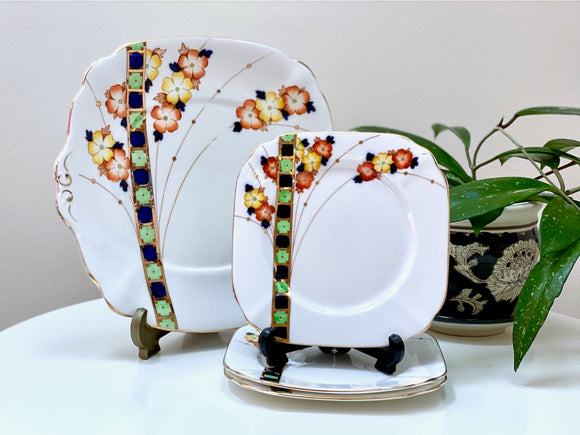 Bell China (England) - set of four plates