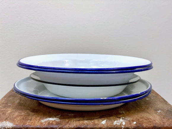 Vintage enamel plates and shallow bowls - mixed set x 5