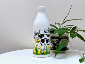 Egizia (Italy) milk bottle