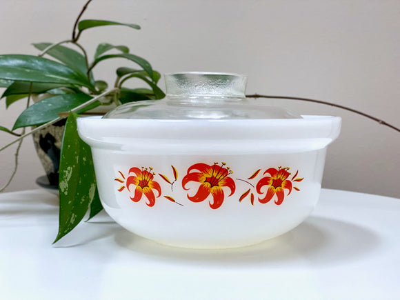AGEE / CROWN PYREX 'Tiger Lily' 1.5L deep casserole