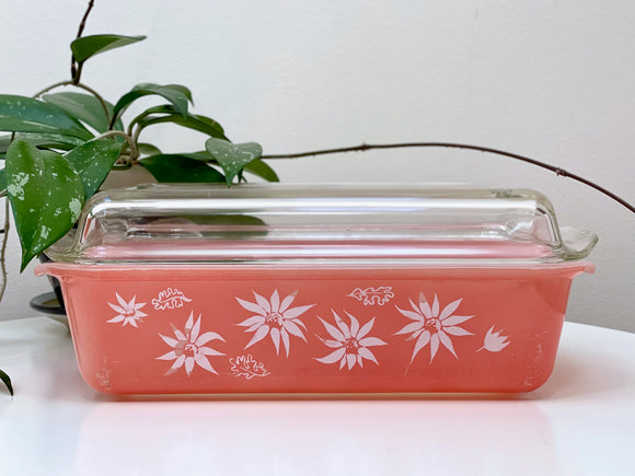AGEE / CROWN PYREX 'Flannel Flowers' in Rose, oblong casserole