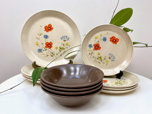 Johnson of Australia 'Happy Days' dinner set for four