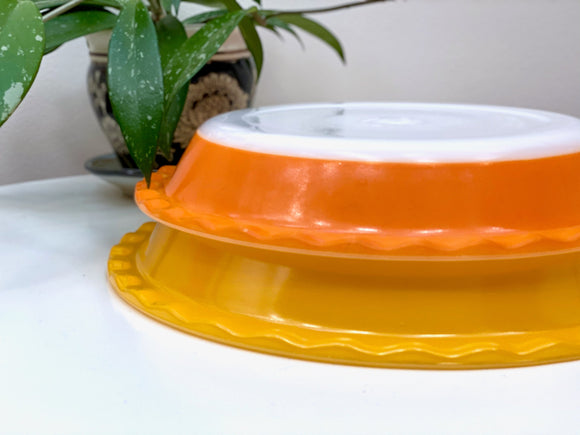 AGEE / CROWN PYREX #PRS9 and #PRS10 scalloped pie dishes [sold separately]