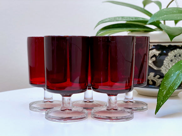 Luminarc (France) 'Cavalier' liqueur glasses (x5)