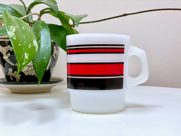 Fire King (USA) 'Super Stripe' mug, in red