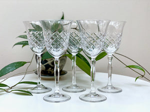 Crystal wine glasses (x5)