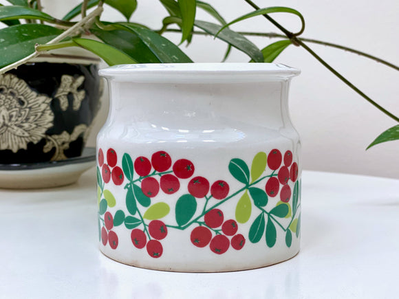Arabia (Finland) 'Pomona' jam pot, in the lingonberry design