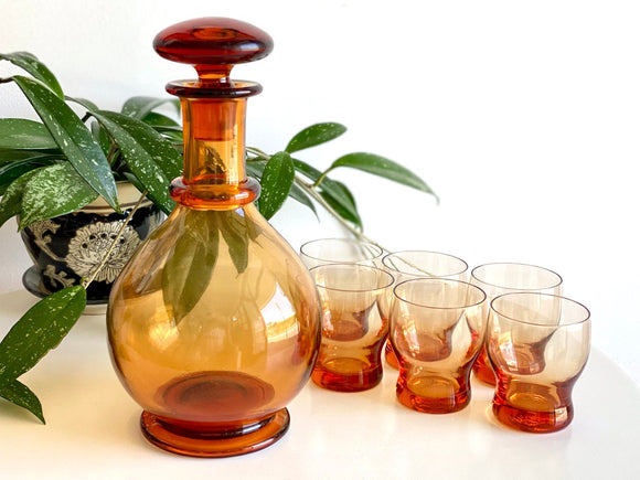 Stunning set! Amber glass decanter and spirit set
