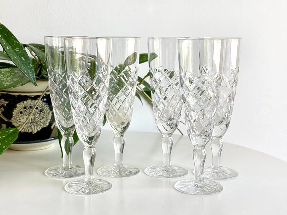 Crystal champagne flute glasses (x6)