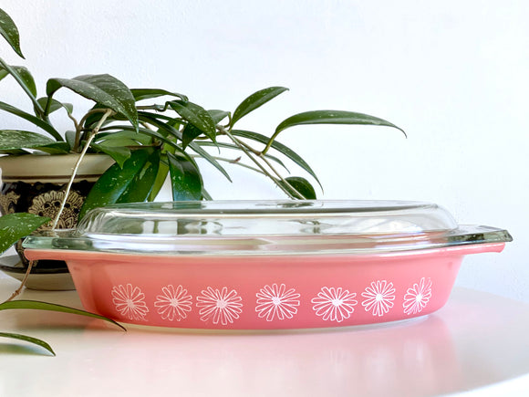 JAJ PYREX (England) 'Daisy' in pink, #2179 Divided Dish